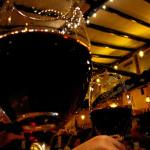 今年はグラスワインが売れるとされる消費トレンドとは?