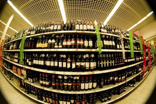 アスダのワイン売り場